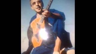 getlinkyoutube.com-Boudjemaa el ankis - un Morceau kabyle / fete avec amer ezzahi -2001