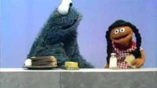 getlinkyoutube.com-Sesame Street - Cookie Monster's Sandwich (1970)