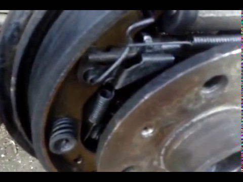 Автоподводка задних тормозных колодок Opel после установки