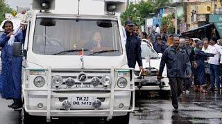 getlinkyoutube.com-Kovan's new song teaser - Chennai drowns, HER caravan floats