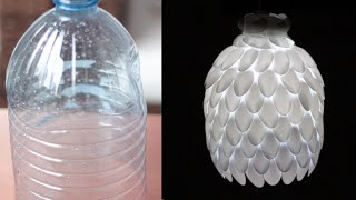 getlinkyoutube.com-DIY: Como fazer luminária de garrafa pet e colheres de plástico linda!!