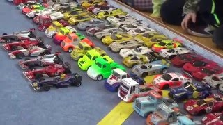 getlinkyoutube.com-Micro RC Cars Race