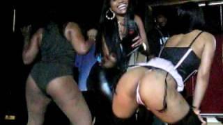 getlinkyoutube.com-Nicki Minaj Booty Shake