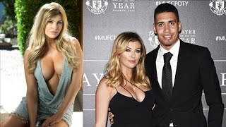 Top 10 Hottest Girlfriends & Wifes of Footballers