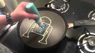 getlinkyoutube.com-Pancake Art - Star Wars pancakes / crêpes r2d2