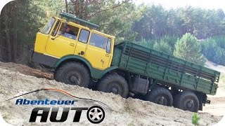 getlinkyoutube.com-Offroad - Mit dem Tatra 8x8 über Stock und Stein   Abenteuer Auto Classics