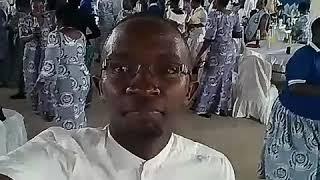 Wawata parokia ya mbagala wakicheza kwaito by Mc kallanga events