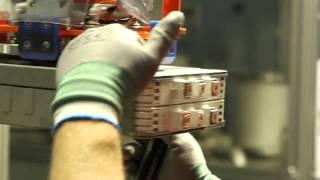 getlinkyoutube.com-Производство Батареи 30 квтч для Nissan Leaf 2016