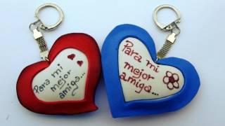 getlinkyoutube.com-Manualidades para regalar - Llavero de corazón - Manualidades para todos