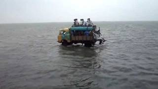 getlinkyoutube.com-Daring on the way to Ram Setu.