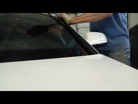 Как снять наружные накладки лобового стекла Audi A4, A5, wolksvagen B5..
