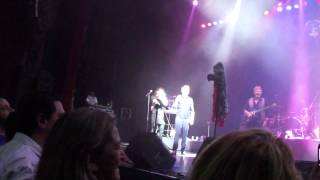 getlinkyoutube.com-Rick Astley en Argentina - Don´t you worry child + Everybody dance + Get lucky