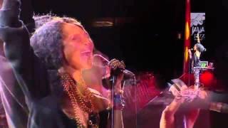 getlinkyoutube.com-Erykah Badu - Live at Java Jazz Festival (2012)