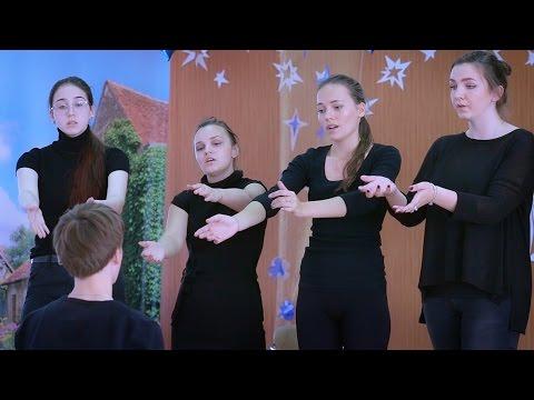 Театральная постановка в старших классах. Анна Ахматова. «Реквием»