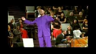 getlinkyoutube.com-Bishop Paul S. Morton - Something Happens (Jesus) (Live at Greater St. Stephens)