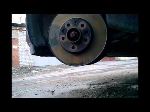 Опель Астра H замена передних тормозных дисков