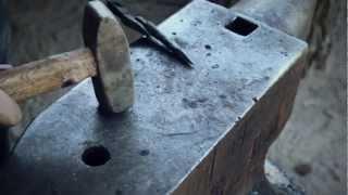 getlinkyoutube.com-How to forge an arrow head part 3 of 3 - The arrow head