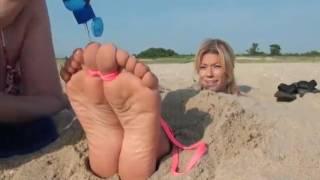getlinkyoutube.com-Ticklish soles