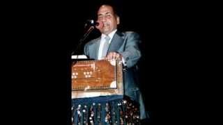 Is Ishq Mohabbat Ki Kuch Hai Ajeeb Rasmein ----tribute to mohd rafi by hashim khan.wmv