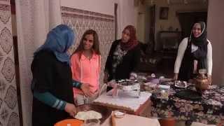 getlinkyoutube.com-وصفة المطبقة التونسية من بلدة توزر - سفرات وبهارات تونس