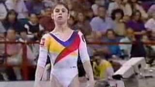 getlinkyoutube.com-Lavinia Milosovici - 1994 Worlds EF - Floor Exercise