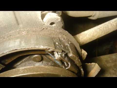Регулировка ручника на дисковых тормозах.