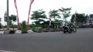 getlinkyoutube.com-yamaha jupiter 110cc sliding