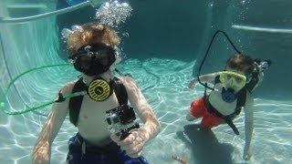 getlinkyoutube.com-The boys 1st Scuba Dive