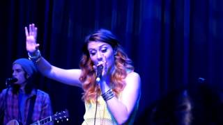 getlinkyoutube.com-Karmin performs 'Look at Me Now'