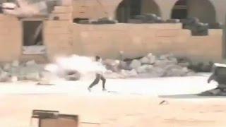 getlinkyoutube.com-AllahuAkbar!! Video Amatir Anak Kecil Suriah Selamatkan Temannya dari Tembakan Sniper