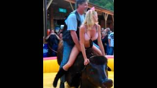getlinkyoutube.com-Smack That - 2011 Myrtle Beach Bike Week Bull Riding