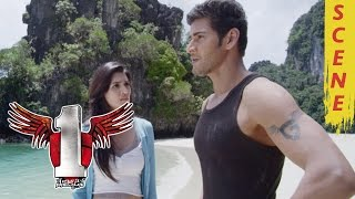 getlinkyoutube.com-Mahesh Babu And Kriti Sanon Romantic Scene In A Island - 1 Nenokkadine Movie Scenes