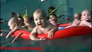 getlinkyoutube.com-Video Lucu Banget bikin ngakak - Bayi Berenang Kompilasi