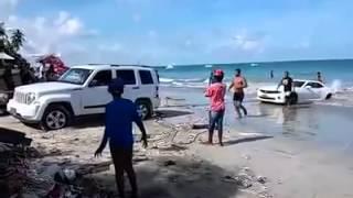 getlinkyoutube.com-Camaro gets stuck launching jetski on beach