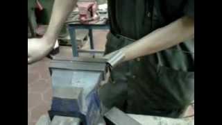 getlinkyoutube.com-Como hacer un resorte de forma artesanal
