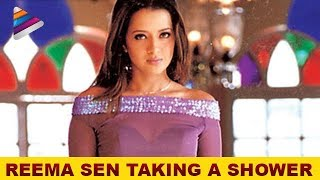 getlinkyoutube.com-Reema Sen taking a shower - Prema Chadarangam Movie Scenes - Vishal