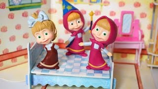 getlinkyoutube.com-5 Masha Jumping on the Bed - Super Songs Nursery Rhymes Compilation Collection