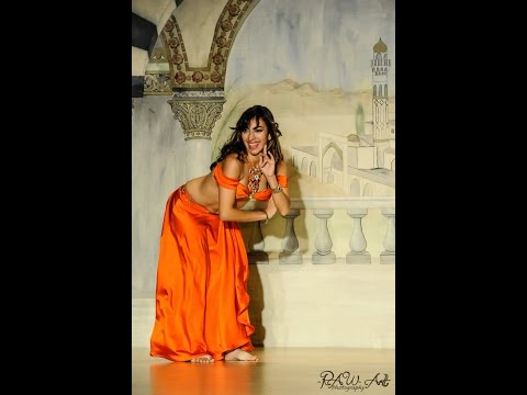 Jennifer Belly Dancing to Leylet el Hob + Drum Solo at Belly Dance Masters 2014!