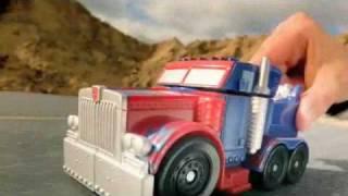 getlinkyoutube.com-TRANSFORMERS Mega Power Bots Commercial