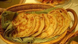 getlinkyoutube.com-Melloui, Msmen, or Rhgifa Moroccan Pan Bread الملوي الرغيفة المسمن - Fatemahisokay