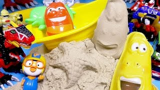 getlinkyoutube.com-라바 아이와 샌드 모래놀이 Larva sand playing toys
