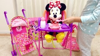 getlinkyoutube.com-Minnie Mouse Play and Go Travel Set / ミニーマウス お世話セット