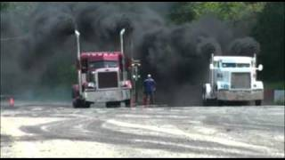 getlinkyoutube.com-Drag camion lourd Ste-Croix
