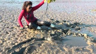 getlinkyoutube.com-Muddy girl