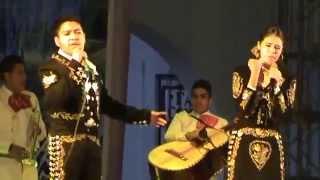 """Irlanda Valenzuela & Miguel Ángel """"Amor de los Dos"""" Oaxaca 2015 (Vicente Fernández)"""
