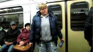 getlinkyoutube.com-Торговля в метро.