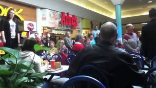 getlinkyoutube.com-Christmas Food Court Flash Mob, Hallelujah Chorus - Must See!