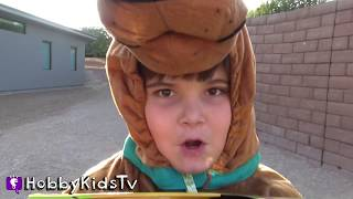 getlinkyoutube.com-World's Biggest SPIDER Egg! Scooby Doo Surprise Toys by Imaginext Fisher Price HobbyKidsTV