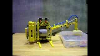 getlinkyoutube.com-LEGO Pneumatic vacuum catcher