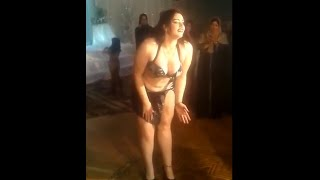 Sexy & hot Belly dance performance at a ceremony in Pakistan